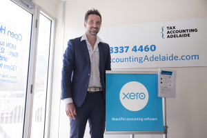 bookkeeping by spreadsheet versus xero accounting software